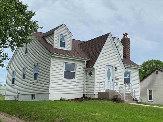 9455 Brenda, St Louis, MO 63123 (#21025934) :: Terry Gannon | Re/Max Results