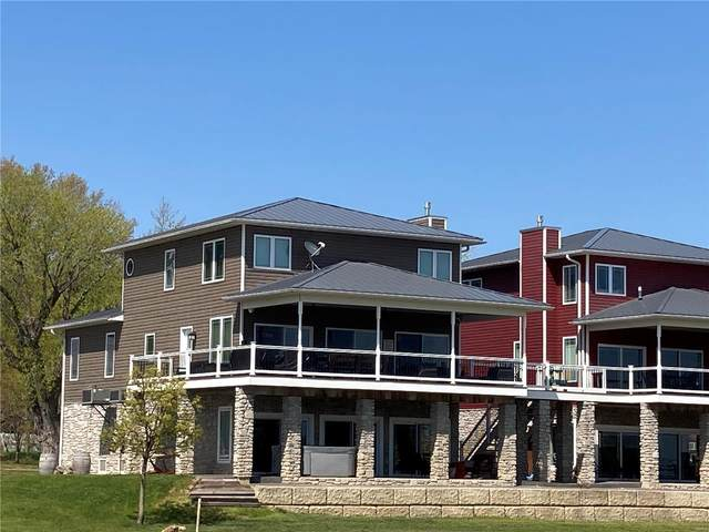 112 W Water Street, Grafton, IL 62037 (#21026077) :: Parson Realty Group