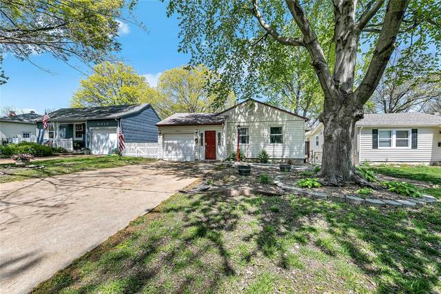 9331 Cloverhurst Drive, St Louis, MO 63123 (MLS #21026384) :: Century 21 Prestige