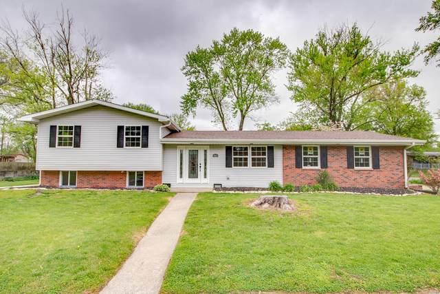 340 Venus Drive, Godfrey, IL 62035 (#21026956) :: The Becky O'Neill Power Home Selling Team