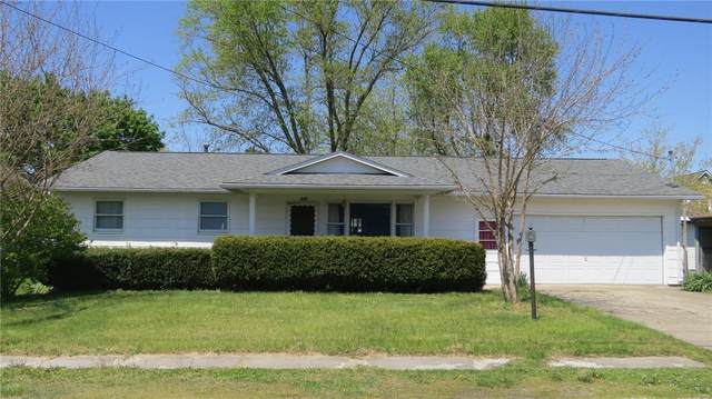 415 W Henry Street, STAUNTON, IL 62088 (#21027116) :: Tarrant & Harman Real Estate and Auction Co.