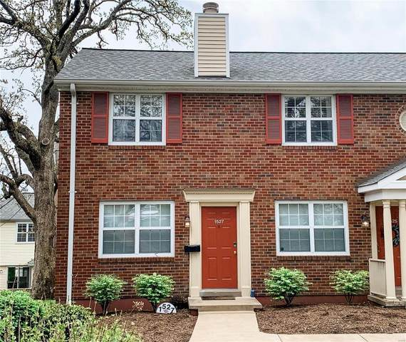 1527 E Swan Circle, St Louis, MO 63144 (#21027380) :: Terry Gannon | Re/Max Results