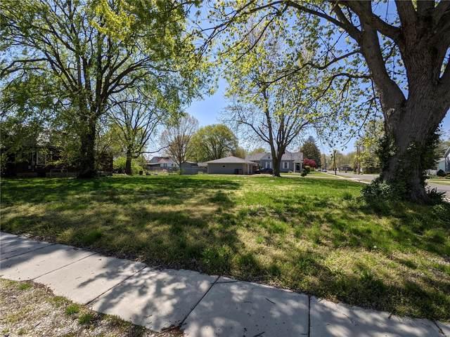 407 S Hibbard, STAUNTON, IL 62088 (#21027555) :: Tarrant & Harman Real Estate and Auction Co.