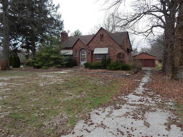 5206 Godfrey Road, Godfrey, IL 62035 (#21028195) :: Tarrant & Harman Real Estate and Auction Co.