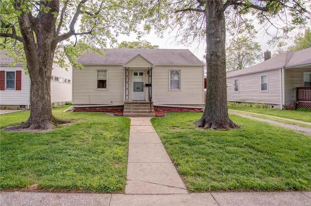 222 Doerr Street, Roxana, IL 62084 (#21028636) :: Tarrant & Harman Real Estate and Auction Co.