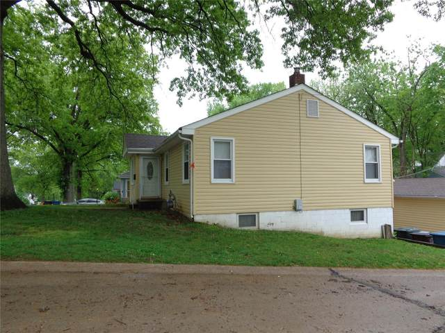 425 Ballman Avenue, St Louis, MO 63135 (#21028772) :: Parson Realty Group