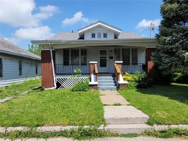 236 E Mccasland Avenue, East Alton, IL 62024 (#21028807) :: Parson Realty Group