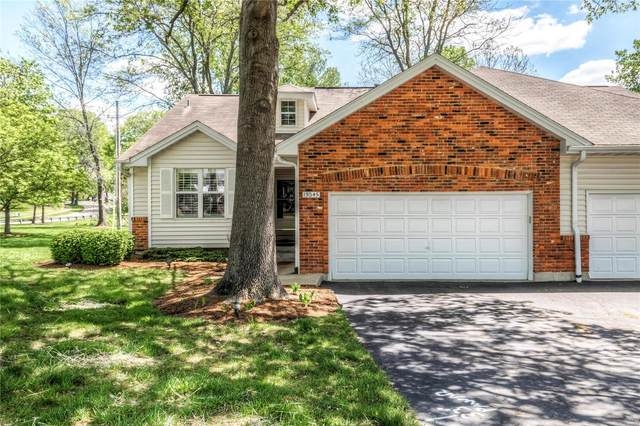 13045 King Arthur Spur, St Louis, MO 63146 (#21029279) :: The Becky O'Neill Power Home Selling Team