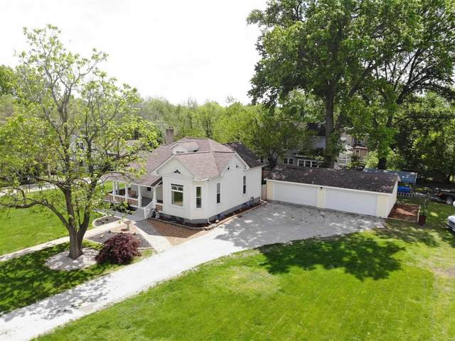 1103 N 2nd Street, Edwardsville, IL 62025 (#21029494) :: Hartmann Realtors Inc.