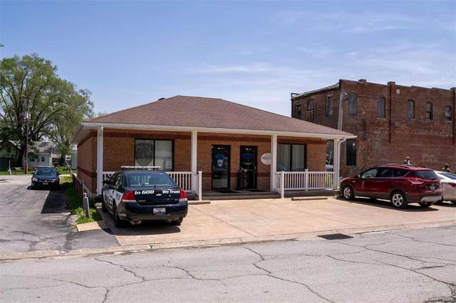 106 N Third Street, Elsberry, MO 63343 (#21029683) :: Reconnect Real Estate