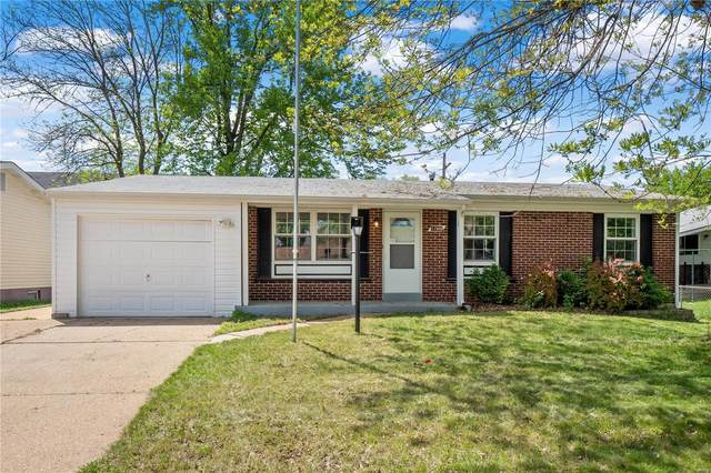 11940 Mckelvey Gardens Dr, Maryland Heights, MO 63043 (#21029749) :: Parson Realty Group