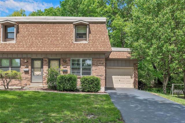 11837 Charlemagne Drive, Maryland Heights, MO 63043 (#21029937) :: The Becky O'Neill Power Home Selling Team