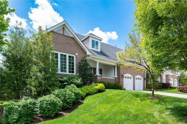 16299 Upper Chesterfield Ridge Drive, Chesterfield, MO 63017 (#21030328) :: Kelly Hager Group   TdD Premier Real Estate