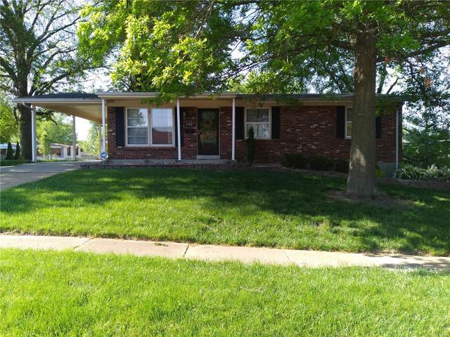 4748 Mccorry Drive, St Louis, MO 63123 (#21030615) :: Parson Realty Group