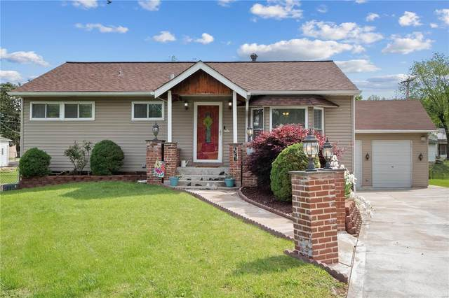 4361 Hannover Court, St Louis, MO 63123 (#21031387) :: Clarity Street Realty