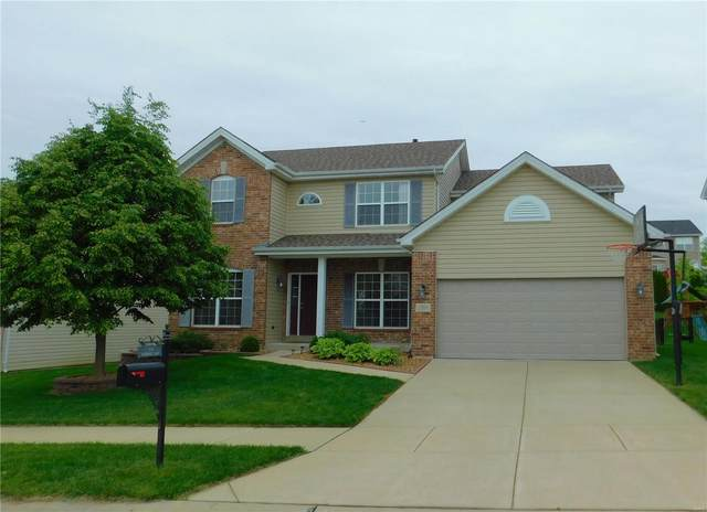 1104 Pierpoint Lane, Saint Charles, MO 63303 (#21032028) :: Parson Realty Group