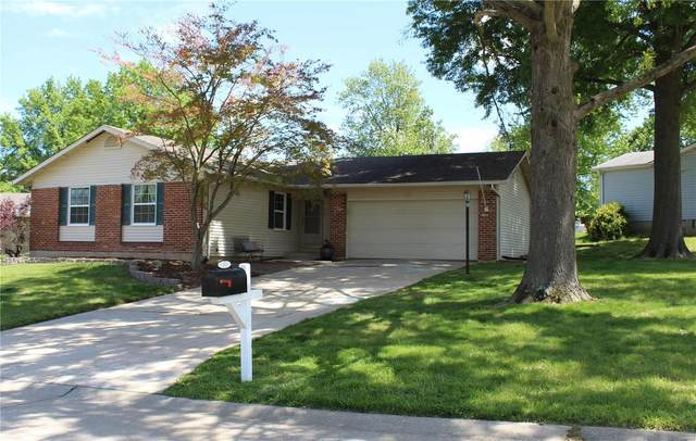 240 Bentwood, Saint Peters, MO 63376 (#21032407) :: Parson Realty Group