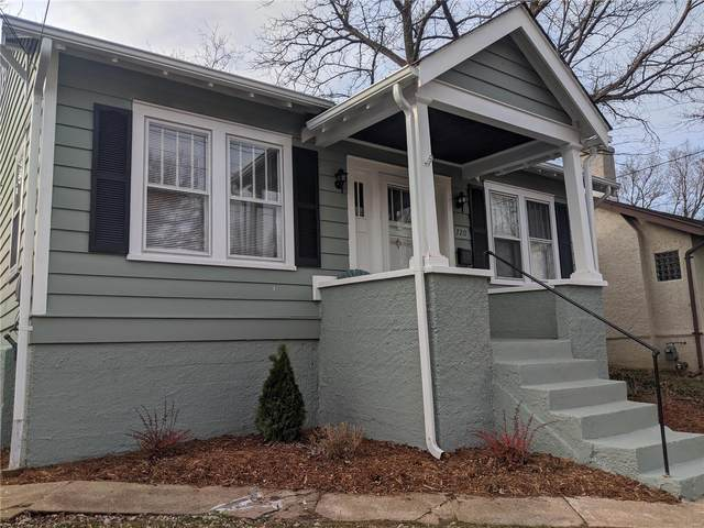 720 Marshall Avenue, Webster Groves, MO 63119 (#21032636) :: The Becky O'Neill Power Home Selling Team
