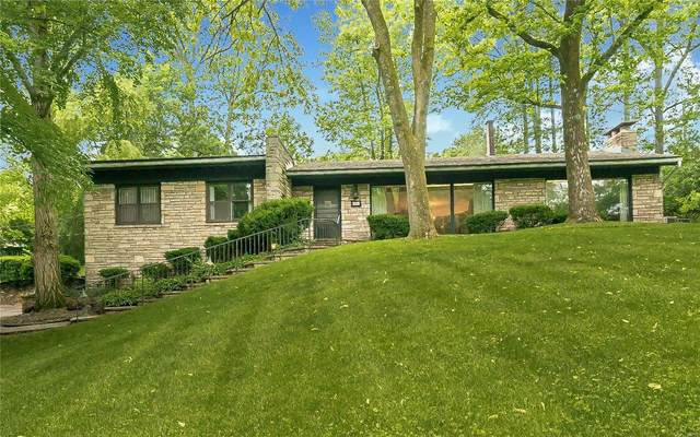 6 Ladue Forest, St Louis, MO 63124 (#21033583) :: Clarity Street Realty