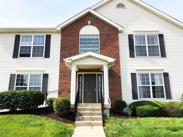 709 Tower Grove Drive A, Fairview Heights, IL 62208 (#21033823) :: Fusion Realty, LLC