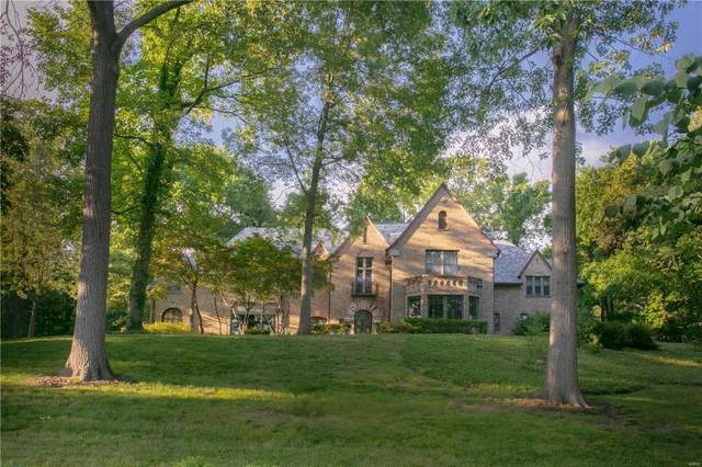 1 Carrswold Drive, St Louis, MO 63105 (#21034913) :: Parson Realty Group