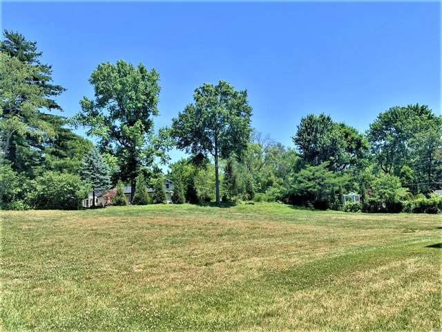 604 Essex Court, St Louis, MO 63122 (#21035466) :: Parson Realty Group