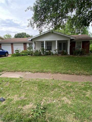 1665 Central Parkway, Florissant, MO 63031 (#21036664) :: The Becky O'Neill Power Home Selling Team