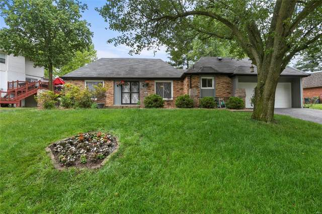 592 Arblay Place, Manchester, MO 63011 (#21037071) :: The Becky O'Neill Power Home Selling Team