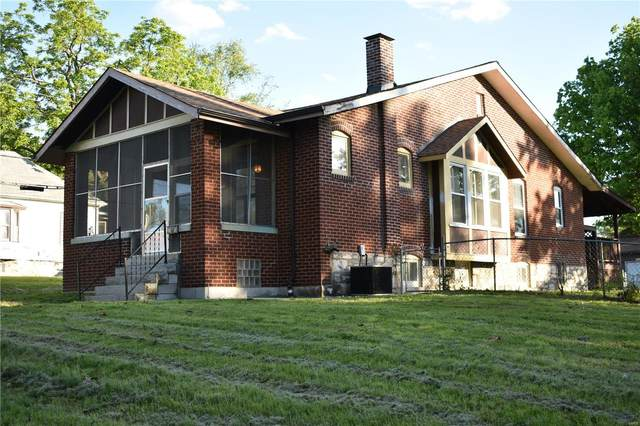 8802 Alva Avenue, St Louis, MO 63121 (#21037331) :: The Becky O'Neill Power Home Selling Team
