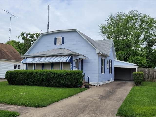 676 Park Street, Hillsboro, IL 62049 (#21037677) :: The Becky O'Neill Power Home Selling Team