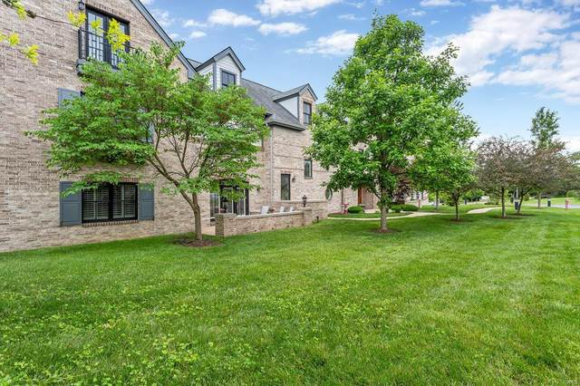 12440 Rott 3B, St Louis, MO 63127 (#21037720) :: The Becky O'Neill Power Home Selling Team