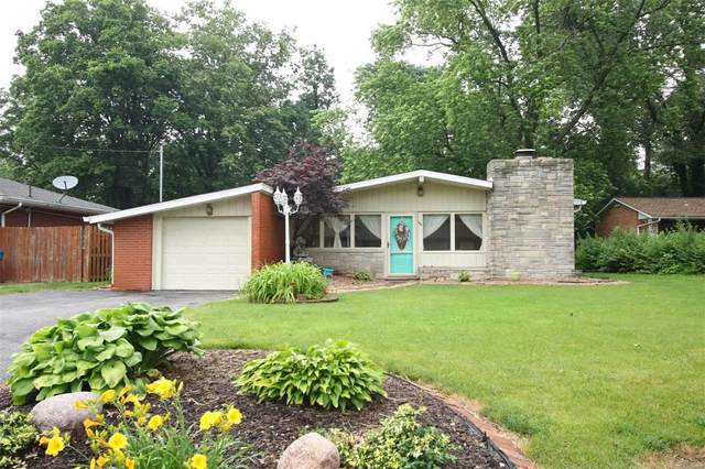 138 Crestview Drive, Wood River, IL 62095 (#21038194) :: Fusion Realty, LLC