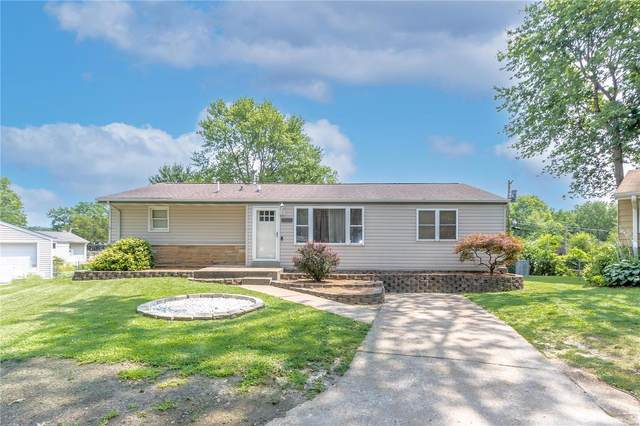 7828 Clipper Court, St Louis, MO 63123 (#21038256) :: Reconnect Real Estate