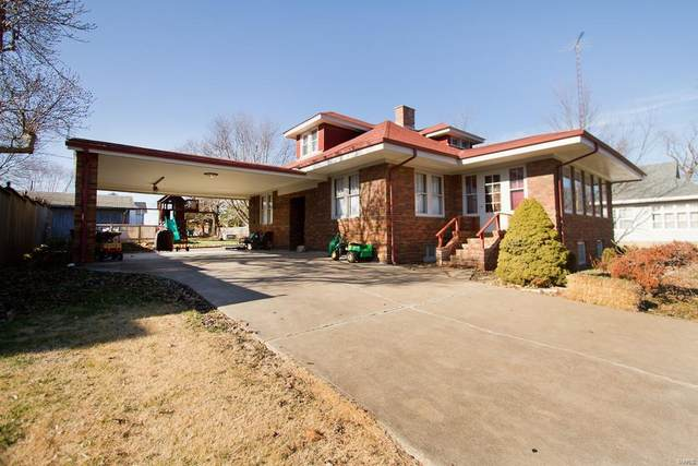 412 N High St, Bowling Green, MO 63334 (#21038294) :: The Becky O'Neill Power Home Selling Team