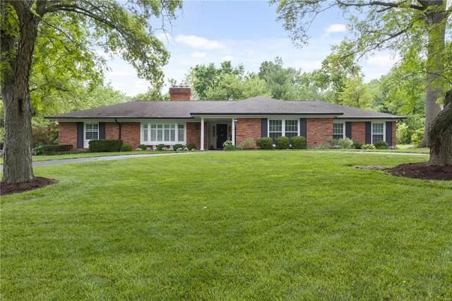 11 Salem Estates, Ladue, MO 63124 (#21038312) :: Parson Realty Group
