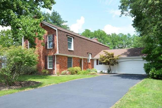 14641 Rogue River Drive, Chesterfield, MO 63017 (#21038609) :: Kelly Hager Group | TdD Premier Real Estate