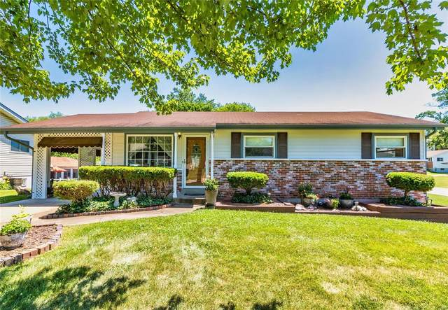 11241 Fawnway Drive, St Louis, MO 63126 (#21038666) :: The Becky O'Neill Power Home Selling Team