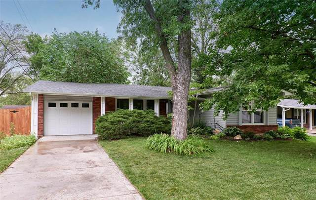 12485 Dawn Hill Drive, Maryland Heights, MO 63043 (#21038841) :: Tarrant & Harman Real Estate and Auction Co.