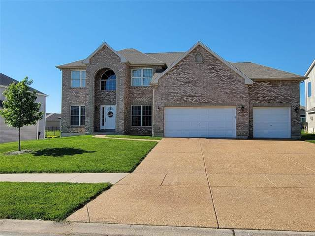 136 Central Park Avenue, Wentzville, MO 63385 (#21039024) :: The Becky O'Neill Power Home Selling Team