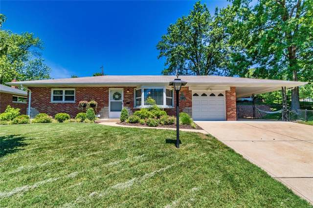 10901 Oasis Drive, St Louis, MO 63123 (#21039582) :: The Becky O'Neill Power Home Selling Team