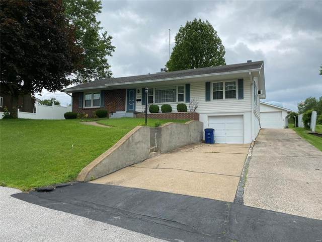 1027 N Mill Drive, Festus, MO 63028 (#21039704) :: The Becky O'Neill Power Home Selling Team