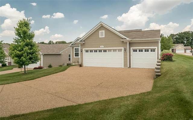 641 Falconcrest Drive, Lake St Louis, MO 63367 (#21039781) :: Clarity Street Realty