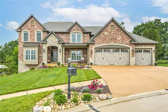 2402 Christopher View Dr., St Louis, MO 63129 (#21039966) :: Realty Executives, Fort Leonard Wood LLC