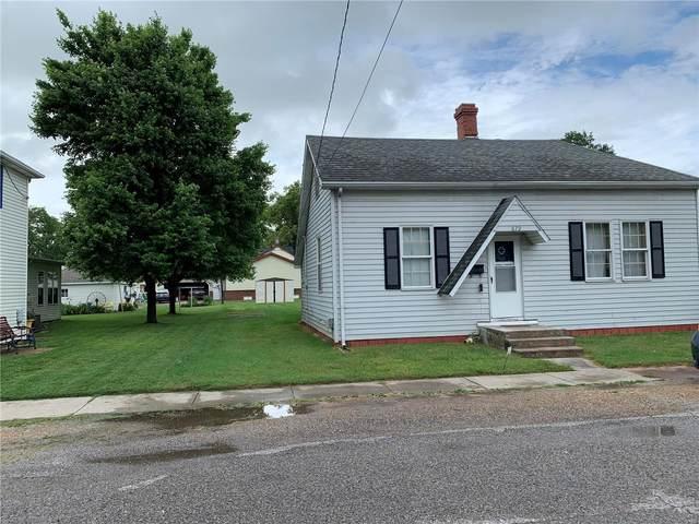 679 N 6th Street, BREESE, IL 62230 (#21040173) :: Realty Executives, Fort Leonard Wood LLC