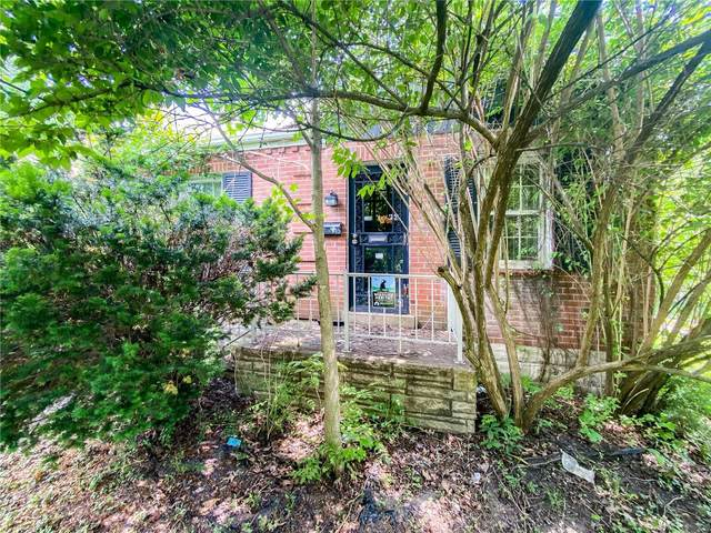 32 Lee Avenue, St Louis, MO 63135 (#21040353) :: Parson Realty Group