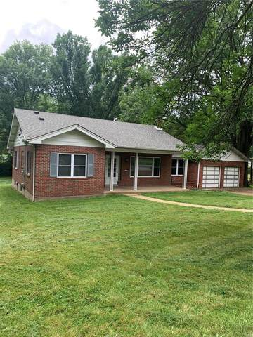 4512 Butler Hill Rd, Mehlville, MO 63128 (#21040433) :: The Becky O'Neill Power Home Selling Team
