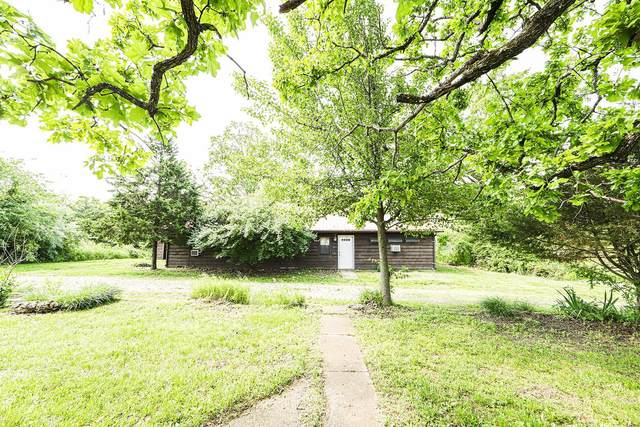 10270 County Road 3450, Saint James, MO 65559 (#21040579) :: The Becky O'Neill Power Home Selling Team