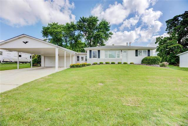 3620 Fairview Drive, Saint Charles, MO 63303 (#21040599) :: Parson Realty Group