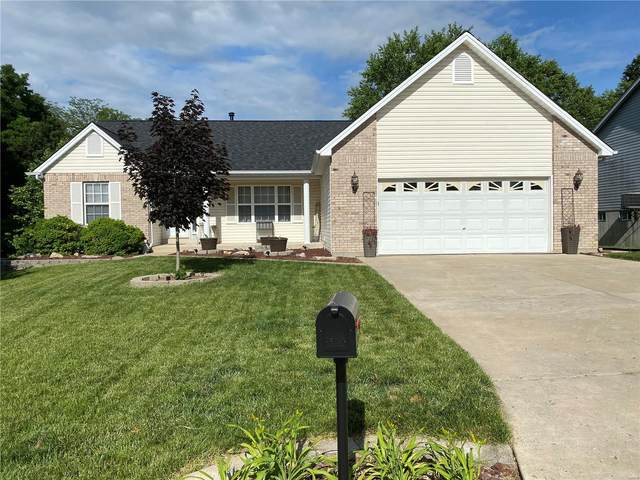 1126 Sweeping Oaks, Saint Charles, MO 63304 (#21040716) :: St. Louis Finest Homes Realty Group