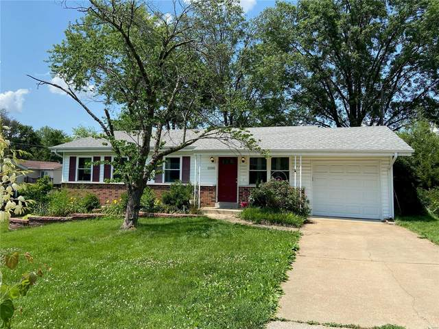11205 Fawnway Drive, Unincorporated, MO 63126 (#21041025) :: The Becky O'Neill Power Home Selling Team